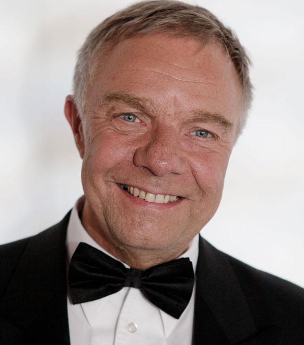 Max Neissendorfer, Schulleitung, Piano & Gesang