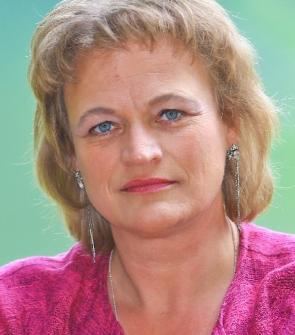 Barbara Mayr, Gesang, Chorleitung, Chorsingen, Stimmbildung & Ensemblespiel