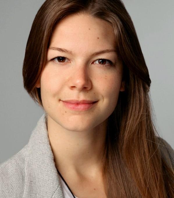 Karin Lischka, Gesang, Piano & Rhythmik